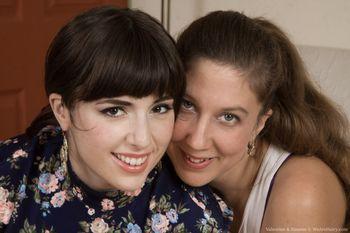 [WeAreHairy.com] Simone (& Valentine) x17 [2014 г., Solo Hairy Lesbian, 720p]
