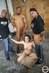 Valentina-Nappi-Interracial-Oral-%5Bx210%5D-u6w5wdjh6b.jpg