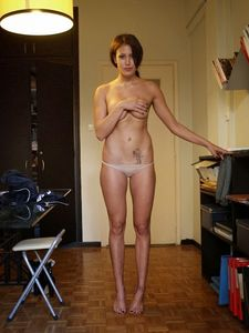 Greek-Celebrity-Efi-Kyriakou-Topless-u6w8ueo207.jpg