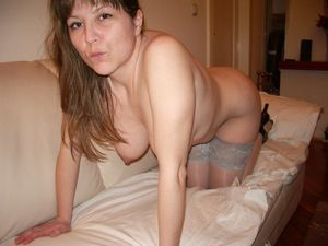 Bombshell Chubby Gina With Natural Big Hangers (256 jpg) [Amateur/2019]