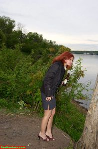 Boozed-Doll-Peeing-Near-Lake-j7bdxgssse.jpg